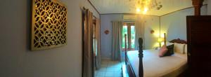 Master bedroom Portofino Mansion